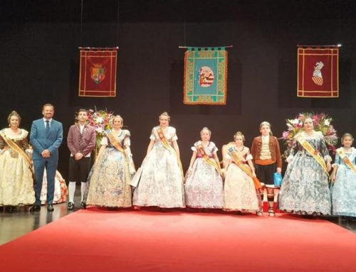 Assistència a la presentació de les Falleres Majors de Silla.
