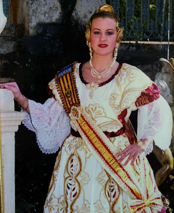 Fallera Major Any 1996: Amada Garrido Cifuentes