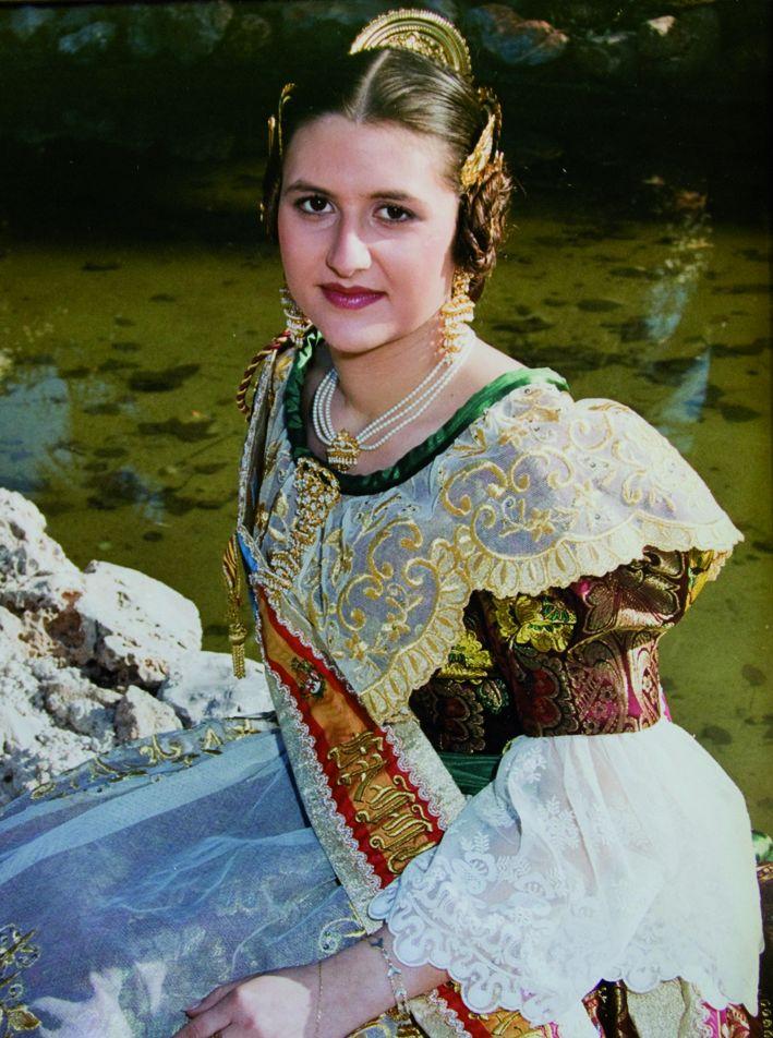 Fallera Major Any 2000: Raquel Esteban Cabello