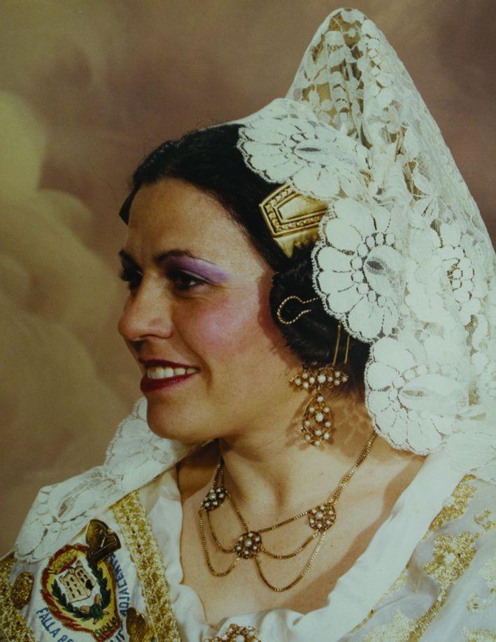 Fallera Major Any 1984: Dolores Pérez Mora