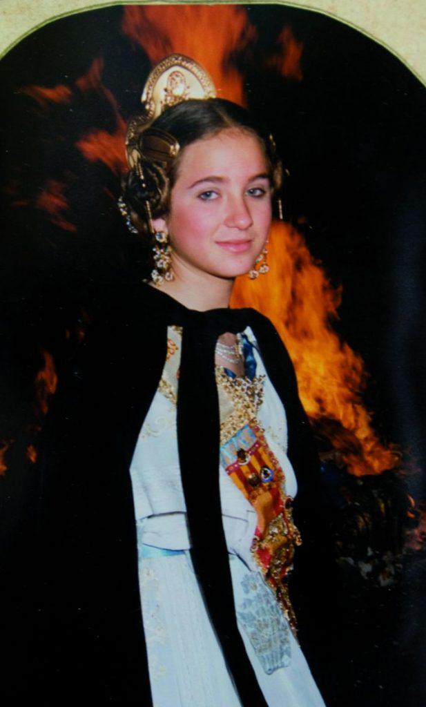 Fallera Major Infantil Any 1989: María Reyes Álvarez Ballesteros