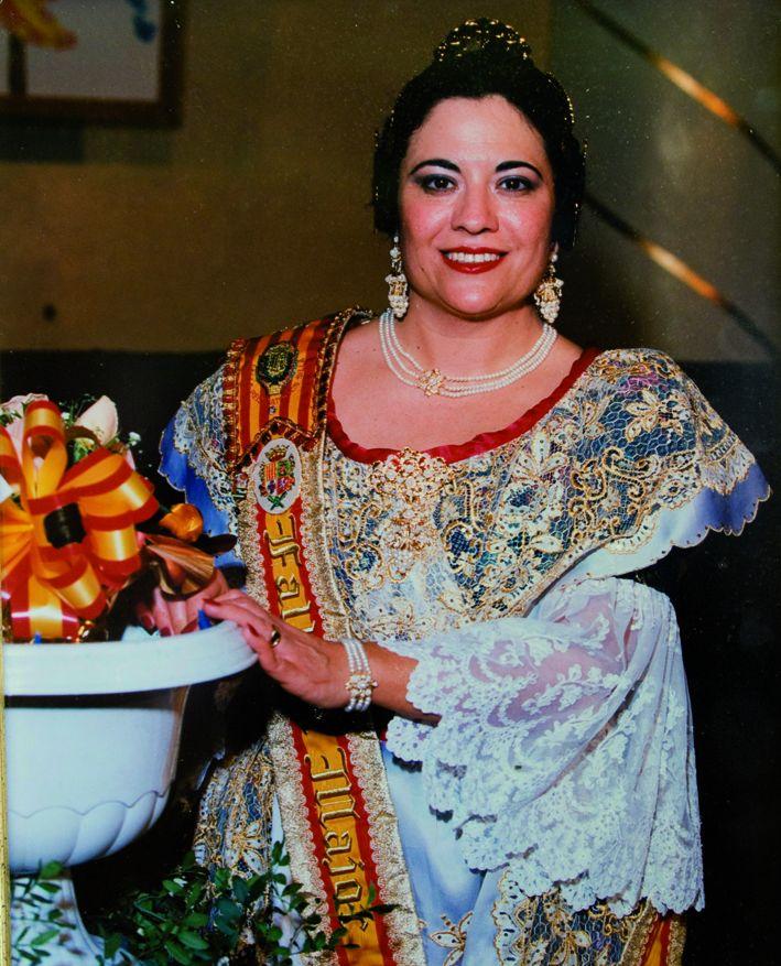 Fallera Major Any 1997: María Teresa Clavijo Forner