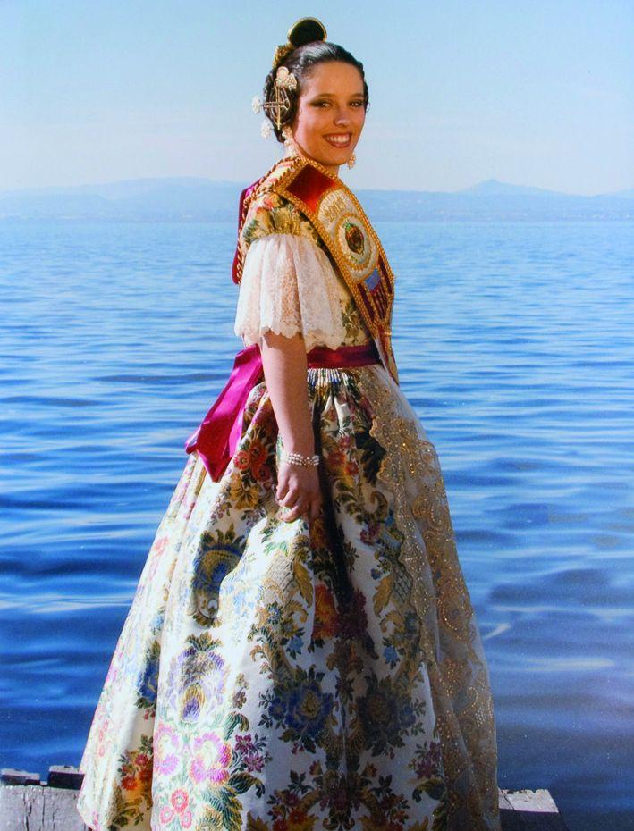 Fallera Major Any 2003: Silvana Villar Tronchoni